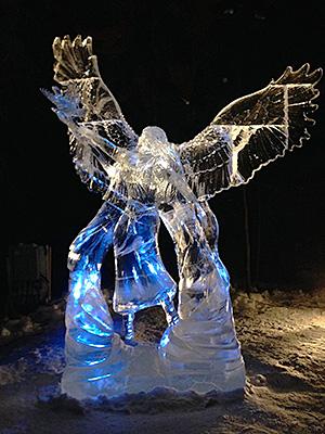 天使の氷像