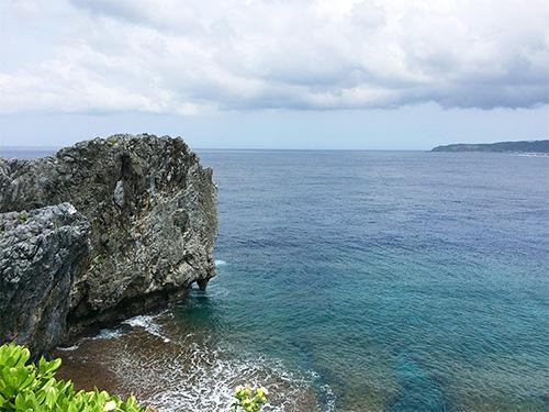 辺戸岬は綺麗な海、島の風景を望める絶好スポット