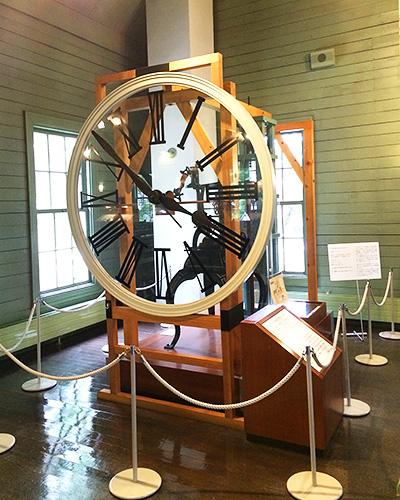 アメリカ人の時計職人が修理したという機械時計